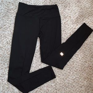 VICTORIAS SECRET SPORT LEGGINGS